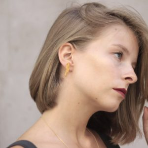 Flow Vertical Earring